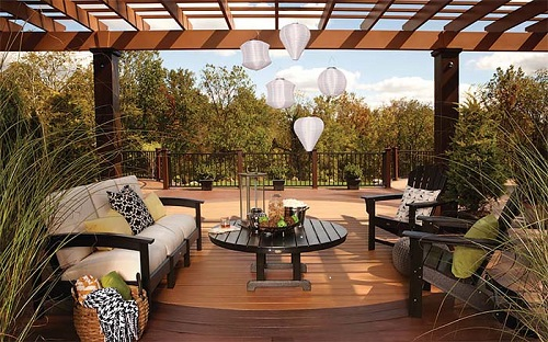 Trex outdoor living pergola